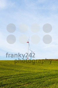 Assembly of wind turbines - franky242 photography