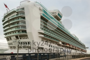 Cruise ship at Lisbon, Portugal - franky242 photography