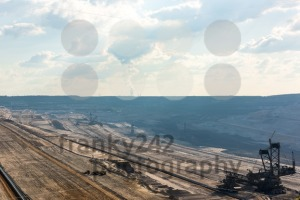Overview of very large backloader at work in a lignite (browncoal) mine - franky242 photography