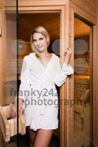 Beautiful woman leaving sauna - franky242 photography