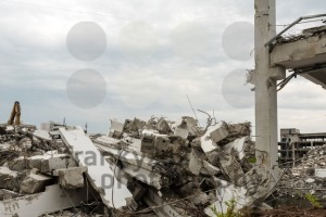 Demolition of large industrial buildings - franky242 photography