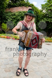 Traditional Austrian accordion player in Graz - franky242 photography