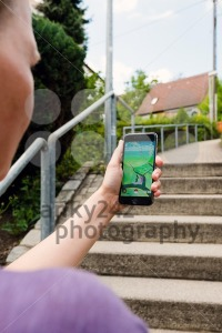 Playing Pokemon Go in the streets - franky242 photography