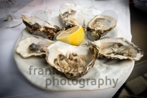Hald dozen oysters - franky242 photography