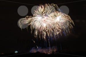 Huge bright fireworks - franky242 photography