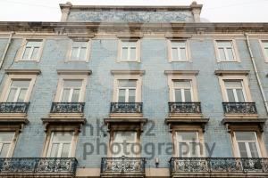Lisbon house facade with tiles - franky242 photography