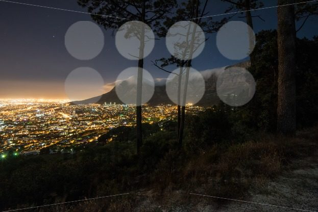 Cape Town city and Table Mountain at night - franky242 photography