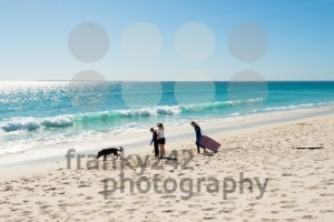Family on the beach at Bloubergstrand in South Africa, facing Table Mountain. - franky242 photography