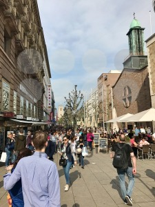 The pedestrian area of Stuttgart on a busy Saturday afternoon - franky242 photography