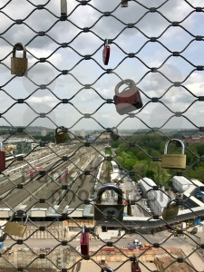Love Locks at the construction site at Stuttgart main station for the Stuttgart21 railway project - franky242 photography