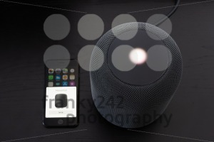 Installing an Apple HomePod speaker - franky242 photography