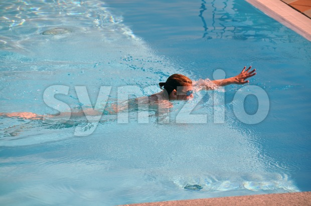 Female swimming the crawl 3 Stock Photo