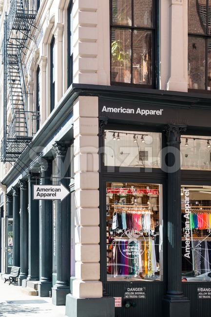 American Apparel fashion store in New York Stock Photo