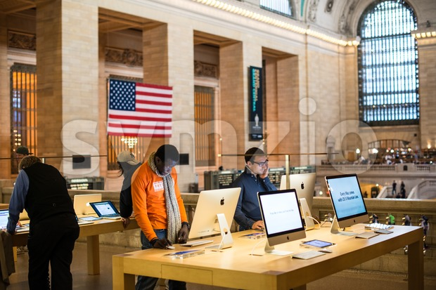 Apple Store in Grand Central Station, New York Stock Photo
