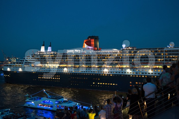 Queen Mary 2 - luxurious cruise liner Stock Photo