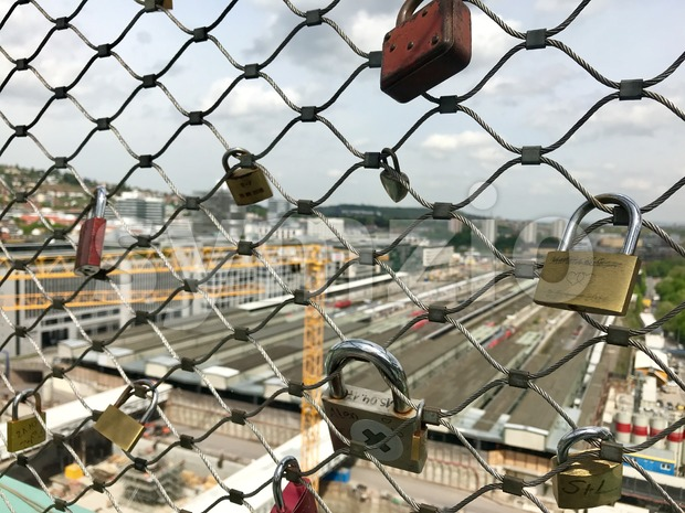 Love Locks at the construction site at Stuttgart main station for the Stuttgart21 railway project Stock Photo