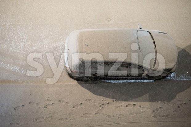 Car parked in snow Stock Photo